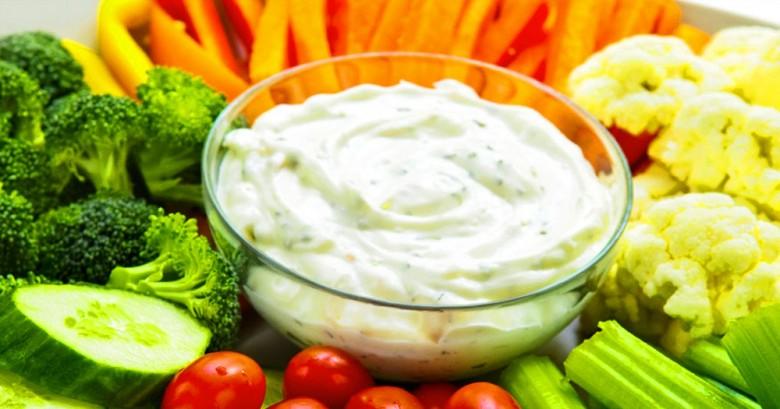 9 Salsas caseras que sustituyen la mayonesa