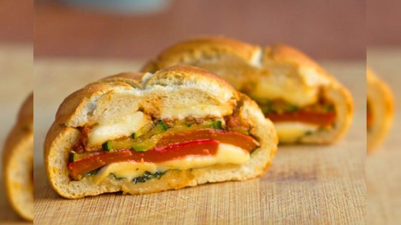 Si no tienes prisa para preparar la cena toma nota de estos deliciosos Sándwiches