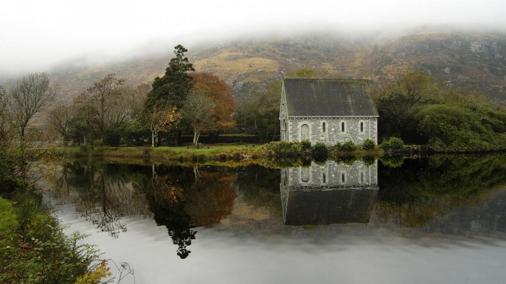 232905-R3L8T8D-1000-house-in-Ireland-wallpaper-1366x768
